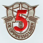 Special Forces Crest Patch with 5th Group Number (Desert w/ Red) - Item Number: P-02400D